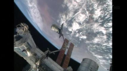 News video: Commercial U.S. cargo ship reaches space station